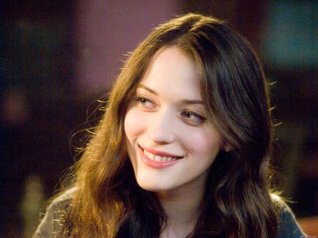 kat-dennings-smile-wallpaper